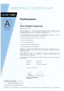 2017_05_TrainerZertifikatklein-610x863